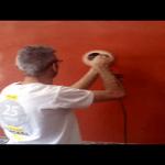 Aplicando cera gel al estuco