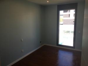 Esmalte Valacryl Color Azul Grisacio en habitación