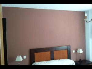 Esmalte al agua color Marron en Dormitorio de Coslada (18)