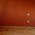 Esmalte al agua color teja en dormitorio 5