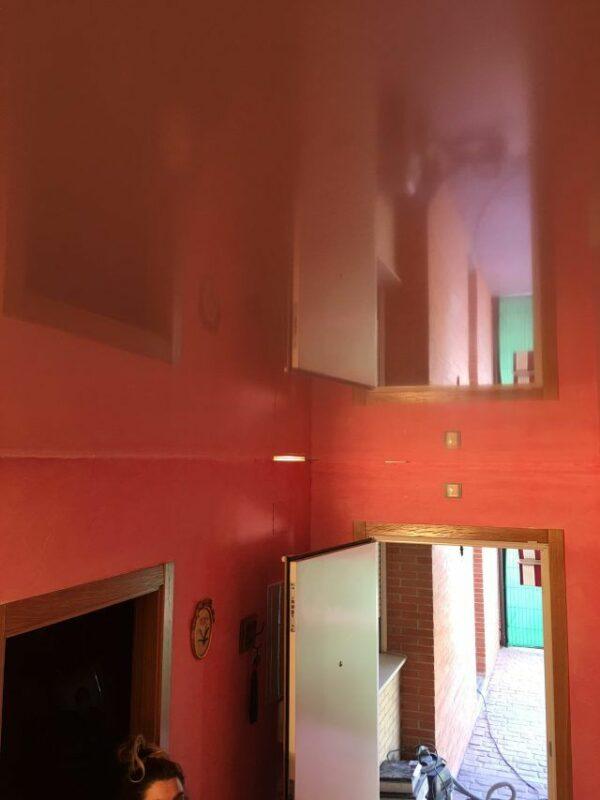 Pintores en Villalbilla – Instalar Veloglas y Aplicar Estuco Mineral Blanco con Cera – Yolanda
