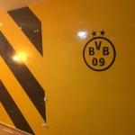Estuco Veneciano Original a rayas amarillas y negras Borussia Dortmund (39)