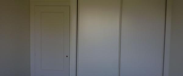 Lacado de puertas Ral 1013 en Barrio de las Mercedes (13)