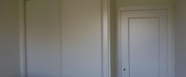 Lacado de puertas Ral 1013 en Barrio de las Mercedes (14)